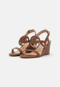 Lauren Ralph Lauren - AMILEA - Wedge sandals - deep saddle tan - 2