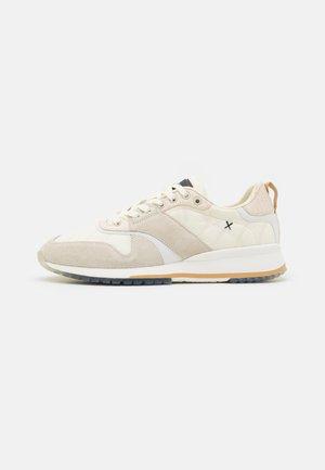 VIVEX - Sneakers laag - offwhite