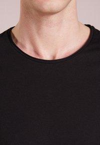 DRYKORN - KENDRICK - T-shirt basic - black - 4