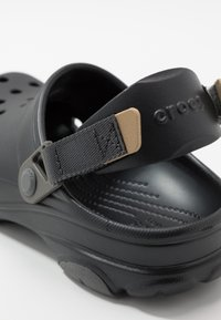 Crocs - CLASSIC ALL TERRAIN  - Zuecos - black - 5