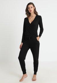 Anna Field - ALINE  ONESIE  - Pyjamas - black - 0