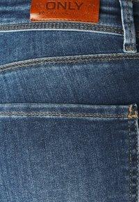 ONLY - ONLIDA LIFE - Vaqueros pitillo - light medium blue denim - 5
