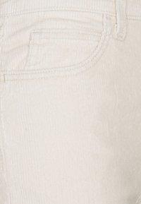 Levi's® - 70S HIGH FLARE - Flared Jeans - sandshell - 2