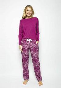 Cyberjammies - Pyjama top - magenta - 1