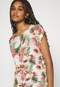Vero Moda - VMSIMPLY EASY TIE SHORT DRESS - Day dress - birch/selma - 4