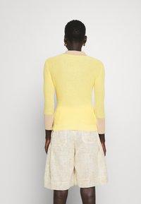 Rejina Pyo - ANDI - Neule - yellow - 2