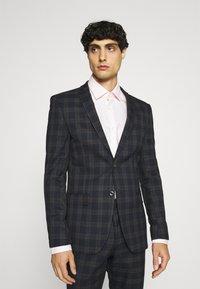 Ben Sherman Tailoring - CHECK SUIT - Kostym - navy - 2