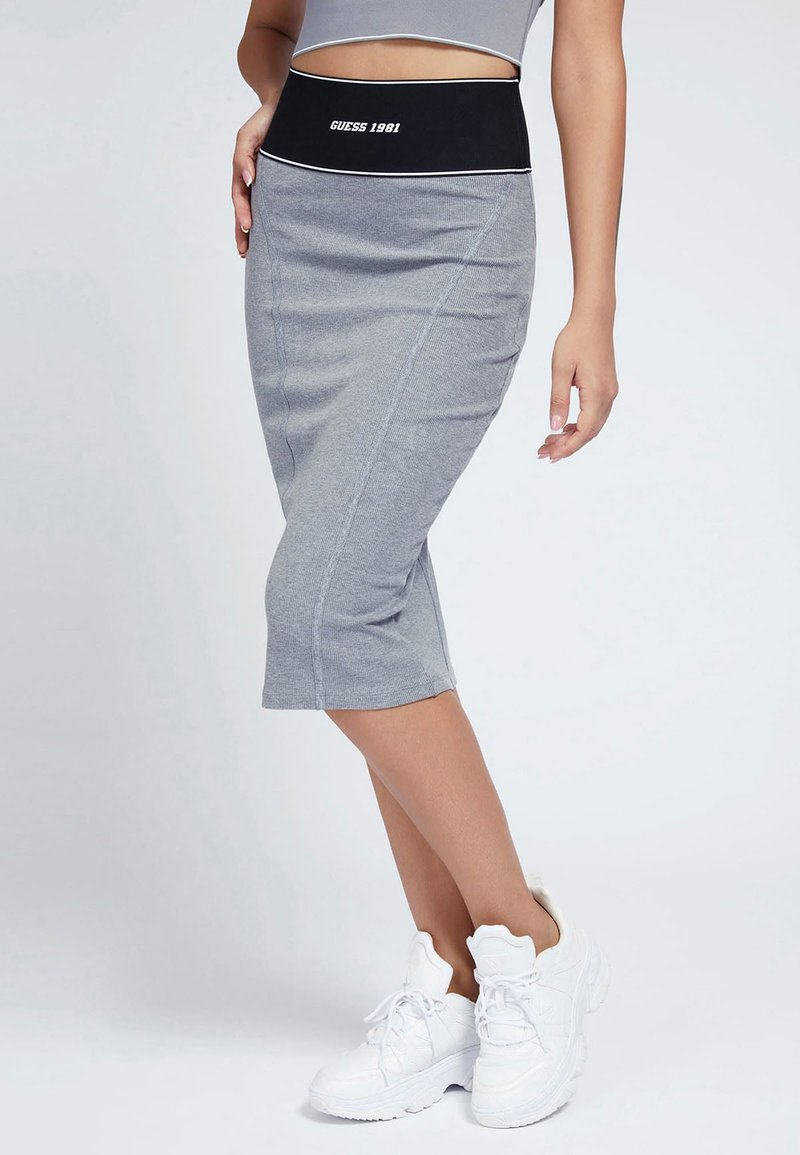 Guess - KAYLA SKIRT - Pencil skirt - grau