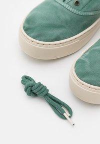 Natural World - Sneakers basse - albahaca - 5