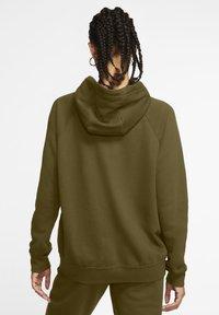 Nike Sportswear - HOODIE - Zip-up sweatshirt - olive flak/white - 2