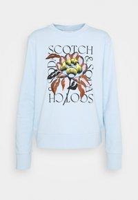 Scotch & Soda - REGULAR CREWNECK WITH EMBROIDERY - Sweatshirt - sky blue - 4