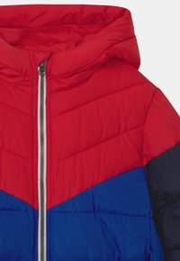 GAP - BOY PERFECT PUFFER - Jas - pure red - 2