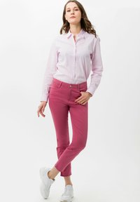 BRAX - STYLE SHAKIRA S - Slim fit jeans - magnolia - 1