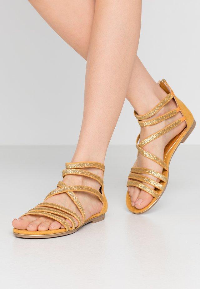 Sandales - saffron
