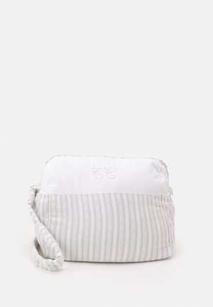 NURSERY BAG - Baby changing bag - gris