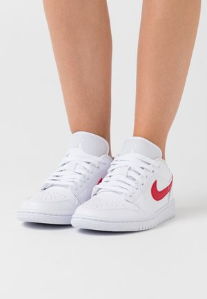 AIR 1  - Sneakers laag - white/university red
