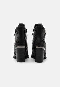 H.I.S - Kotníkové boty - black - 3