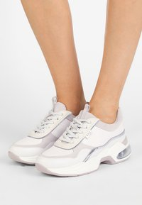 KARL LAGERFELD - LAZARE  - Trainers - white - 0