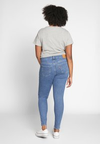 Levi's® Plus - SHPING - Jeansy Skinny Fit - tempo blue - 2