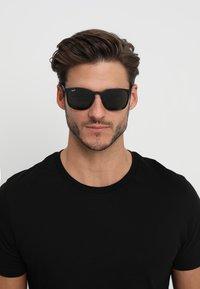 Ray-Ban - Okulary przeciwsłoneczne - black - 1