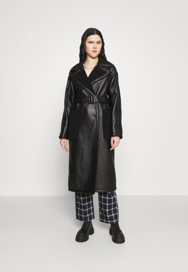 RORA AND BORG - Klassisk frakke - black