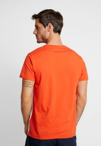 Timberland - CUT & SEW TEE - T-Shirt print - spicy orange - 2