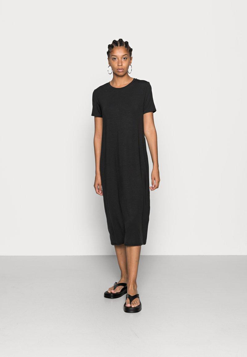 Vero Moda - VMGAVA DRESS - Jerseyklänning - black