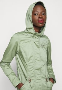 ONLY Tall - ONLLORCA - Parka - hedge green - 3