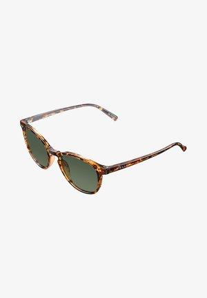 BANNA - Sunglasses - tigris olive