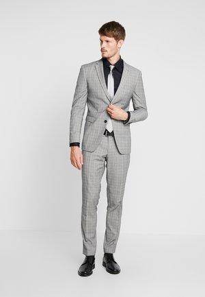 SUMMERCHECK - Suit - grey