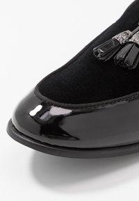 Topman - ARLO - Scarpe senza lacci - black - 5