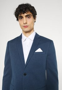 Jack & Jones PREMIUM - JJMIKKEL SUIT - Puku - blue - 6