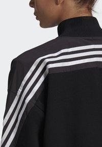 adidas Performance - ADIDAS SPORTSWEAR AEROKNIT TRACK TOP - Chaqueta de entrenamiento - black - 5