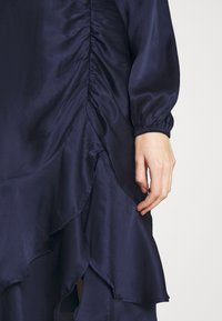 Nly by Nelly - EYES ON ME RUCHED DRESS - Cocktail dress / Party dress - navy - 5
