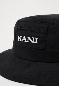 Karl Kani - FISHER HAT  - Hoed - black - 4