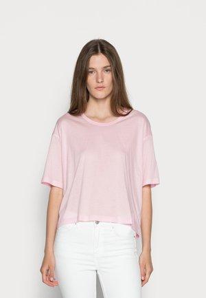 Camiseta básica - light pink