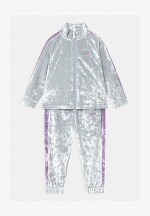 CRUSHED TRACK SET - Tracksuit - pure platinum