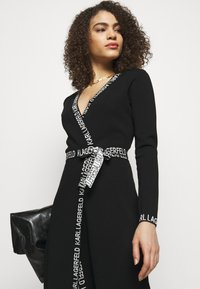 KARL LAGERFELD - LOGO TAPE WRAP DRESS - Jumper dress - black - 3