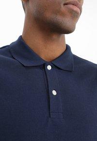 GAP - BASIC - Polo shirt - tapestry navy - 4