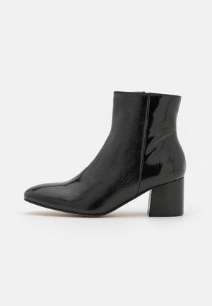 LUMINA - Kotníkové boty - noir