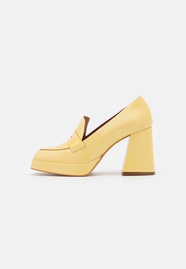 Platoo-avokkaat - amarillo