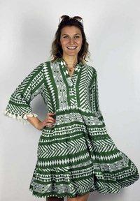 Zwillingsherz - Day dress - khaki - 0