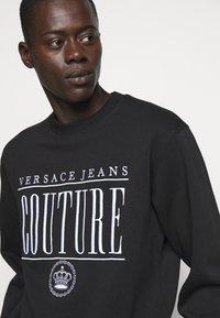 Versace Jeans Couture - MAN LIGHT - Sweatshirt - nero - 3