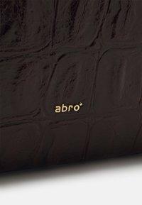 Abro - SHOPPER JULIE SET - Shoppingväska - dark brown - 5