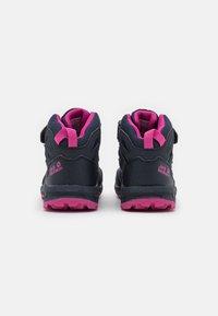 Jack Wolfskin - WOODLAND TEXAPORE MID UNISEX - Hiking shoes - blue/pink - 2