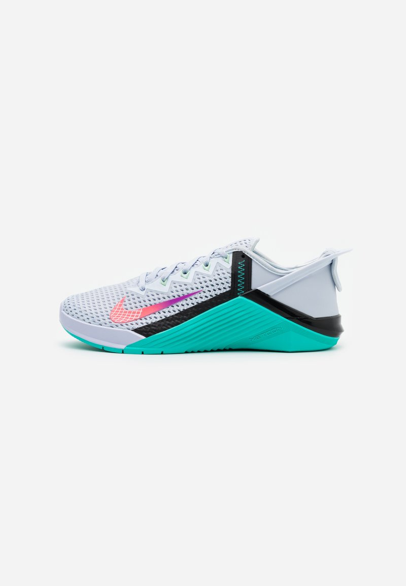 Nike Performance - METCON 6 FLYEASE - Trainings-/Fitnessschuh - football grey/ flash crimson/oracle aqua
