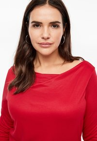 Triangle - MIT WASSERFALL - Long sleeved top - red - 4