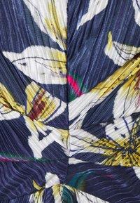 MAX&Co. - PADRINO - Maxi šaty - cornflower blue pattern - 5