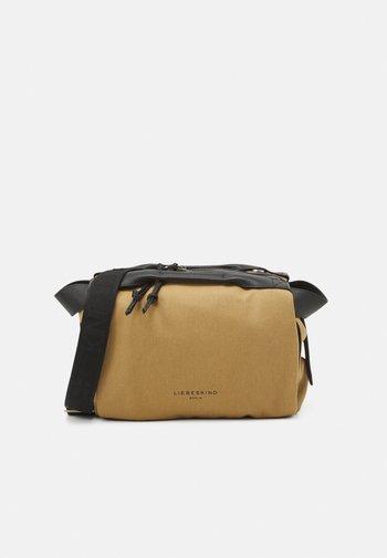 SATCHEL S - Handbag - safari