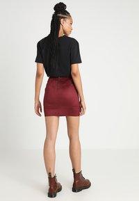 ONLY - ONLJULIE BONDED SKIRT - Mini skirt - chocolate truffle - 2